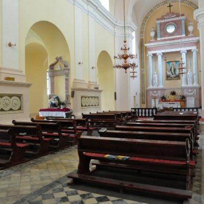 Wnętrze kościoła po zakończeniu prac konserwatorskich przy płycinach